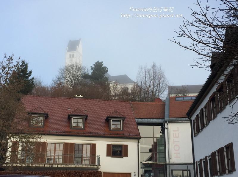 Hotel Gasthof Groß飯店後教堂
