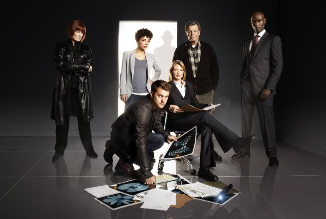 Fringe S3 Cast Group.jpg