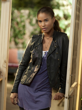 Joy Bryant as Jasmine in Parenthood.jpg