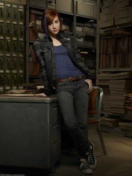 Allison Scagliotti ... as Claudia Donovan.jpg
