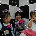 990315_阿哈哈!!我們是四階的小公主窩!開心~.jpg