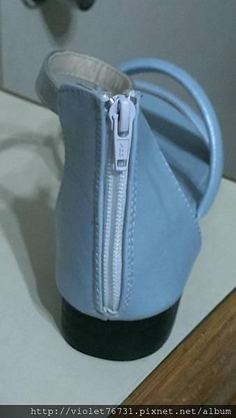 配色涼鞋10