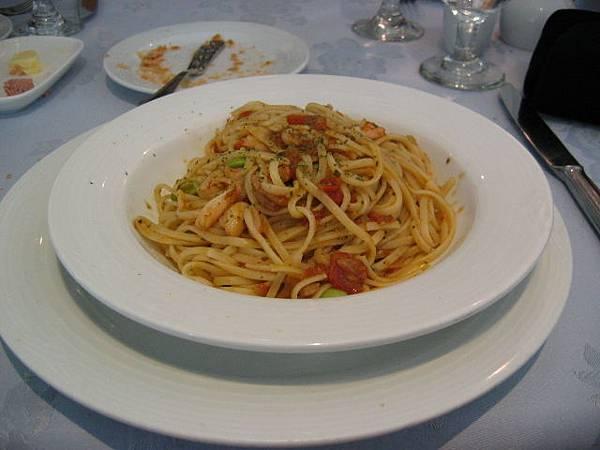 香料番茄蟹肉義大利麵