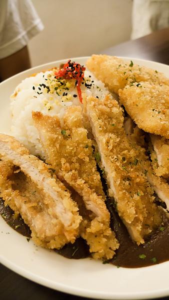炸豬排魚排雙拼咖哩