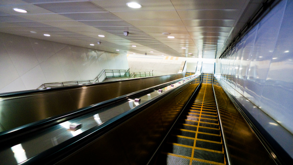 KRTC Sizihwan station escalator