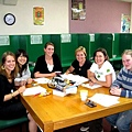 在視聽教室開小組會議.jpg