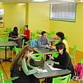 好Colorful的學生休息室喔.jpg