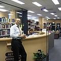 藏書豐富的圖書館.jpg