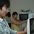 學生可以使用學校提供的廚房用具喔.jpg