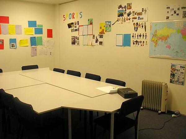 色彩繽紛的教室~.jpg