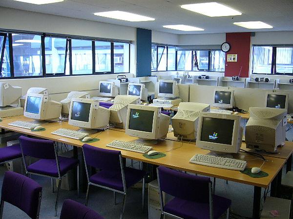City campus有另一間電腦教室喔!.jpg