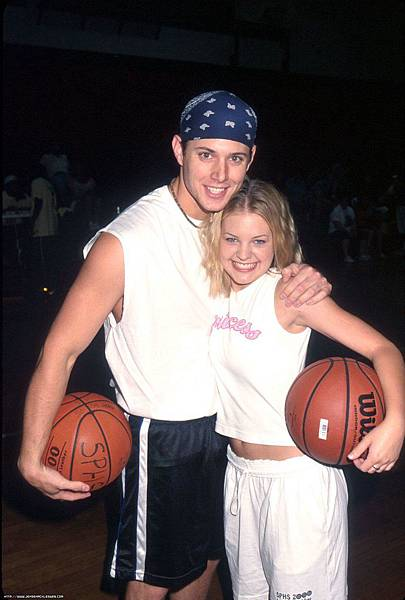 2000 9th Annual Days Of Our Lives Basketball Game 002.JPG