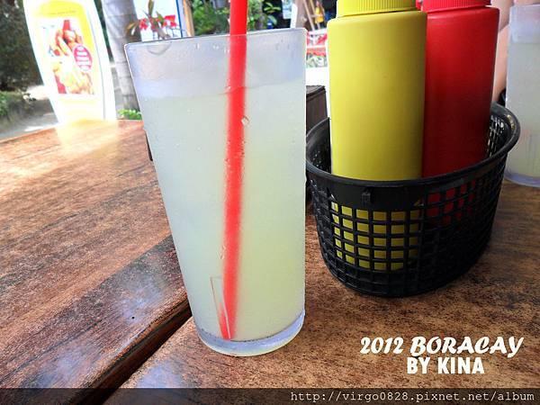 LEMONADE檸檬水