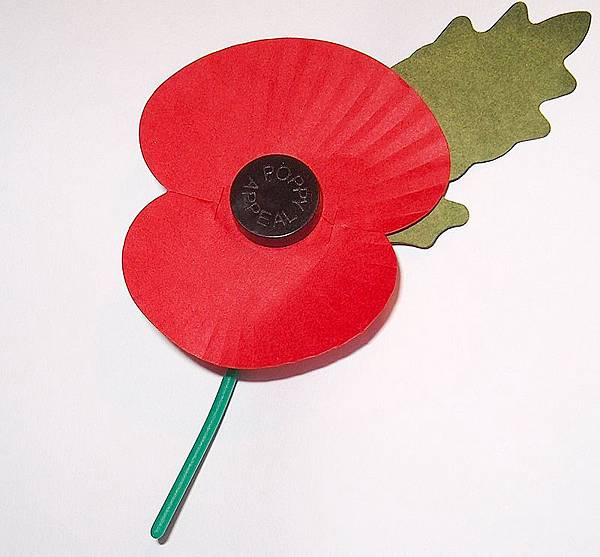 800px-Royal_British_Legion's_Paper_Poppy_-_white_background.jpg