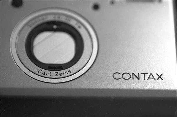 2016-12-06-0013-Contax-T3.jpg