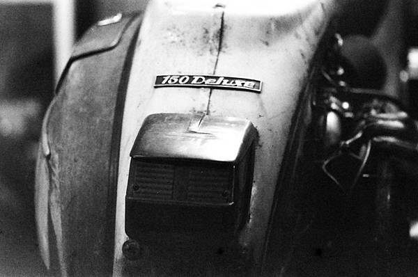 1030-FN64-Leica28-Xtol-Stock-Stand-7mins (3).jpg