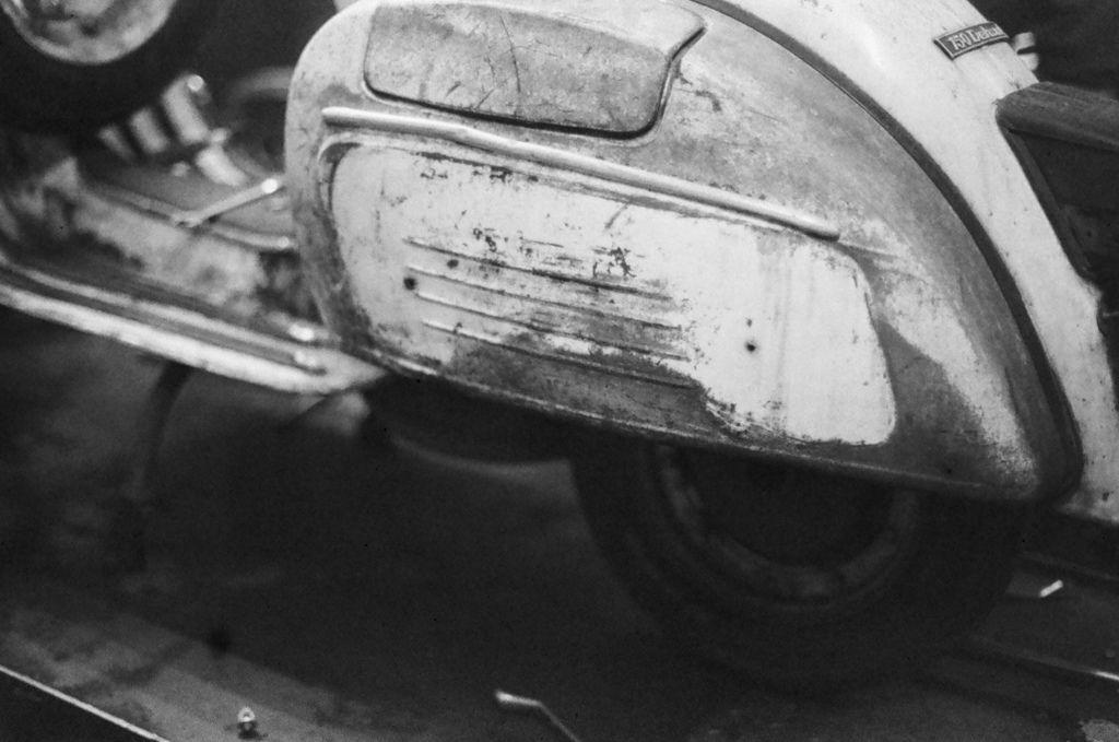 1030-FN64-Leica28-Xtol-Stock-Stand-7mins (6).jpg