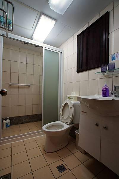 乾濕分離衛浴、附暖氣