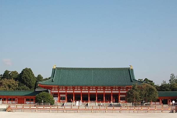 Heian-jingu_Shrine01.jpg