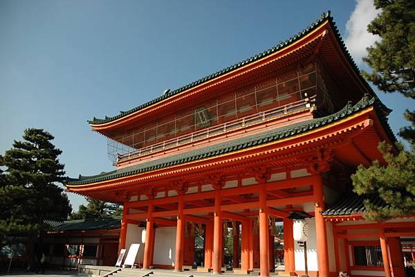Heian-jingu_Shrine02.jpg