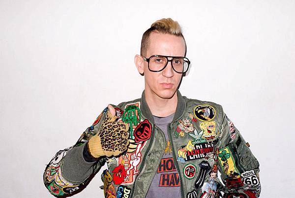 Jeremy Scott in The TERRY.jpg