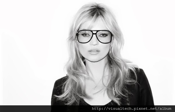 kate_moss_in_terry_richardson_glasses