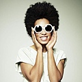Solange Knowles in 'Hex' Oliver Goldsmith sunglasses