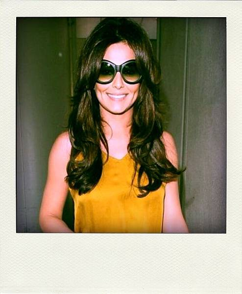 Cheryl Cole on 'Audrey' Oliver Goldsmith Sunglasses