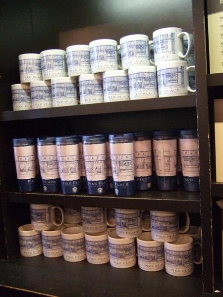 第一家Starbucks~只有這家店才賣的紀念馬克杯