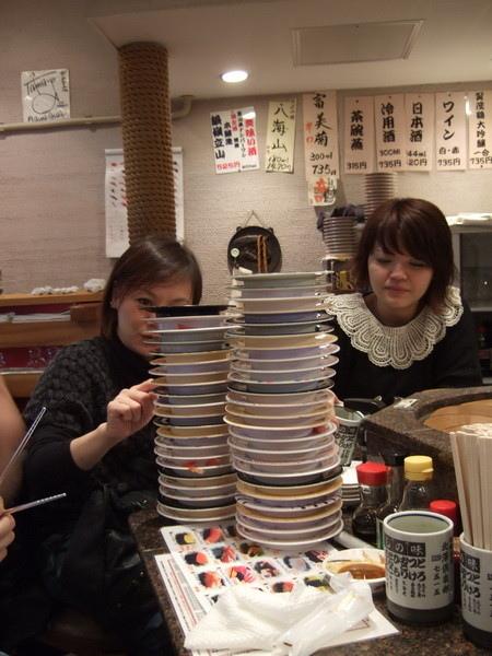 一群餓死鬼在北澤俱樂部吃掉45盤