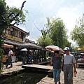 束河古鎮的酒吧街