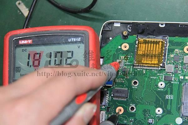 ASUS K56CM 測量1.8V供電是否正常