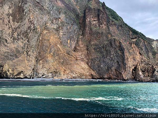 龜山島賞鯨登島半日遊心得,來登上龜山島吧!賞鯨、登繞島一起玩