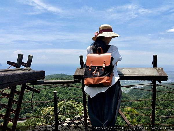包包跟瞭望台_200608_0037.jpg