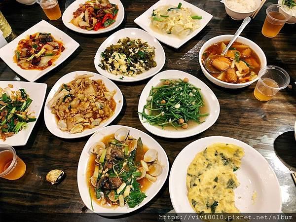 墾丁大街晚餐_200727.jpg