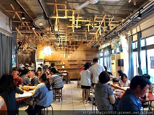 墾丁大街晚餐_200731_0.jpg