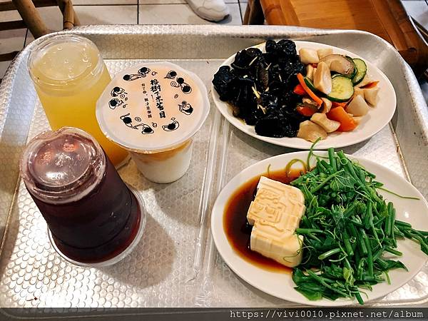 墾丁大街晚餐_200731_4.jpg