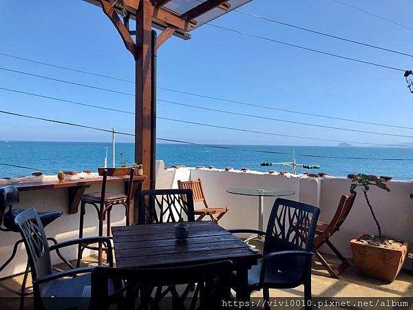 金山跳石沒有名字的咖啡店_201005_6.jpg