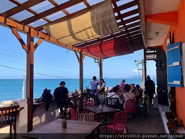 金山跳石沒有名字的咖啡店_201005_33.jpg