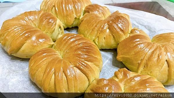 抹茶紅豆麵包_210723_2.jpg