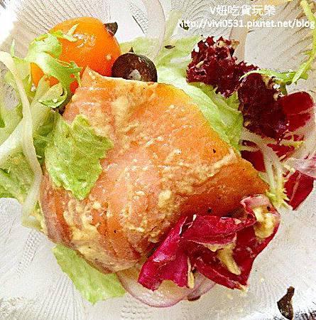 鮭魚沙拉.JPG