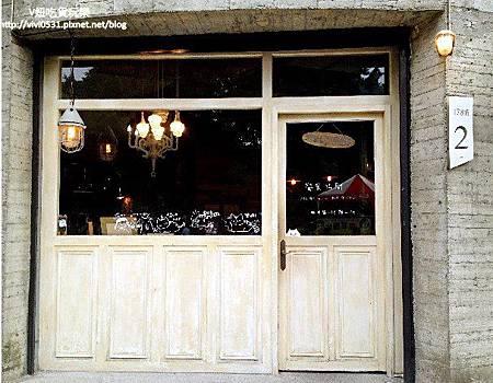 店門口1.JPG