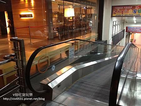 手扶梯.JPG