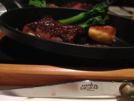 刀.JPG