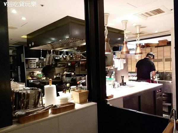 開放廚房.jpg