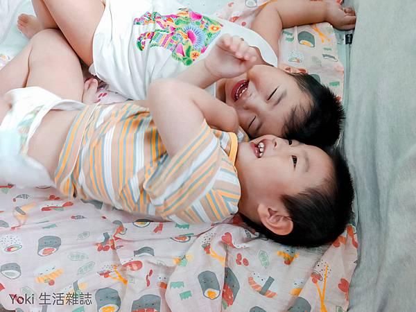 美國ANGEL DEAR竹纖維嬰幼兒包巾 (2).jpg