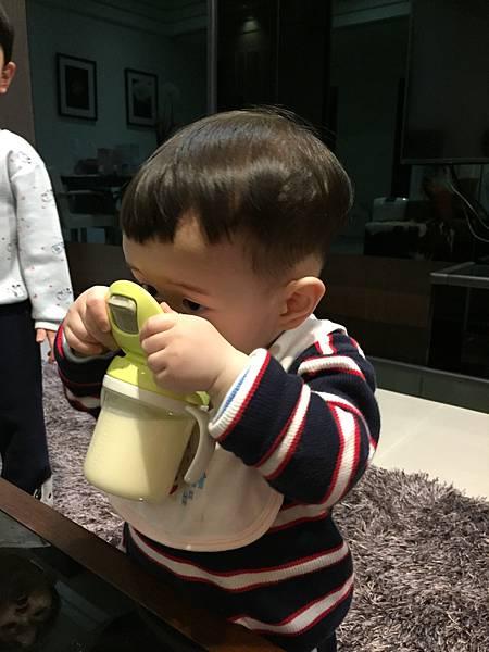 讓寶寶吸收好、排便順暢的金可貝可幼兒成長配方奶_img_19