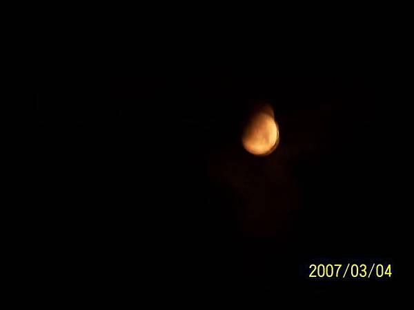 拍攝於觀音亭月偏蝕.jpg