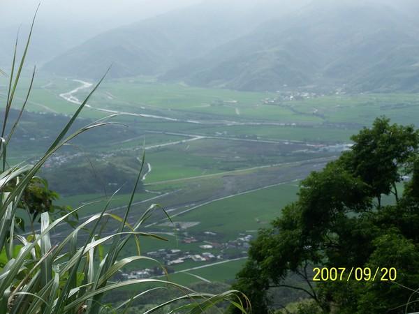 2007/9/20在要前往六十石山區的山路上所拍的_001.jpg