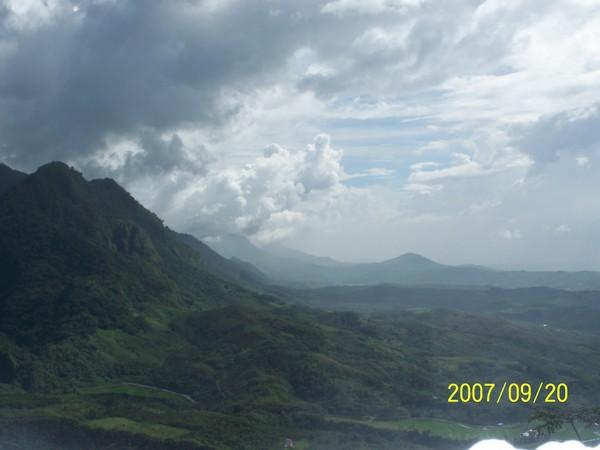 2007/9/20在要前往六十石山區的山路上所拍的_003.jpg